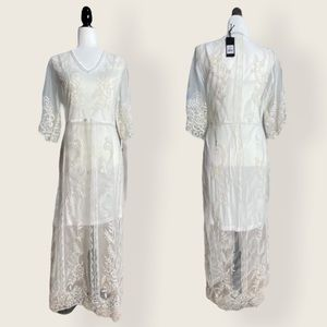 NWT Black Tape Ivory Vintage Embroidery Boho Dress